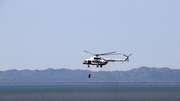 Учения летчиков и спасателей МЧС Дальнего Востока в Сахалинской области