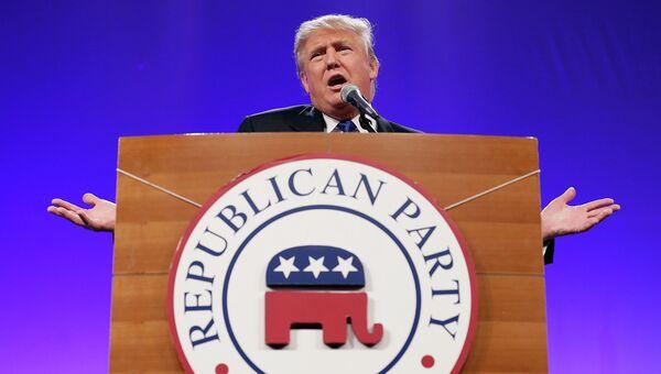 Американский миллиардер Дональд Трамп выступает на митинге Республиканской партии США в Айове. Архивное фото