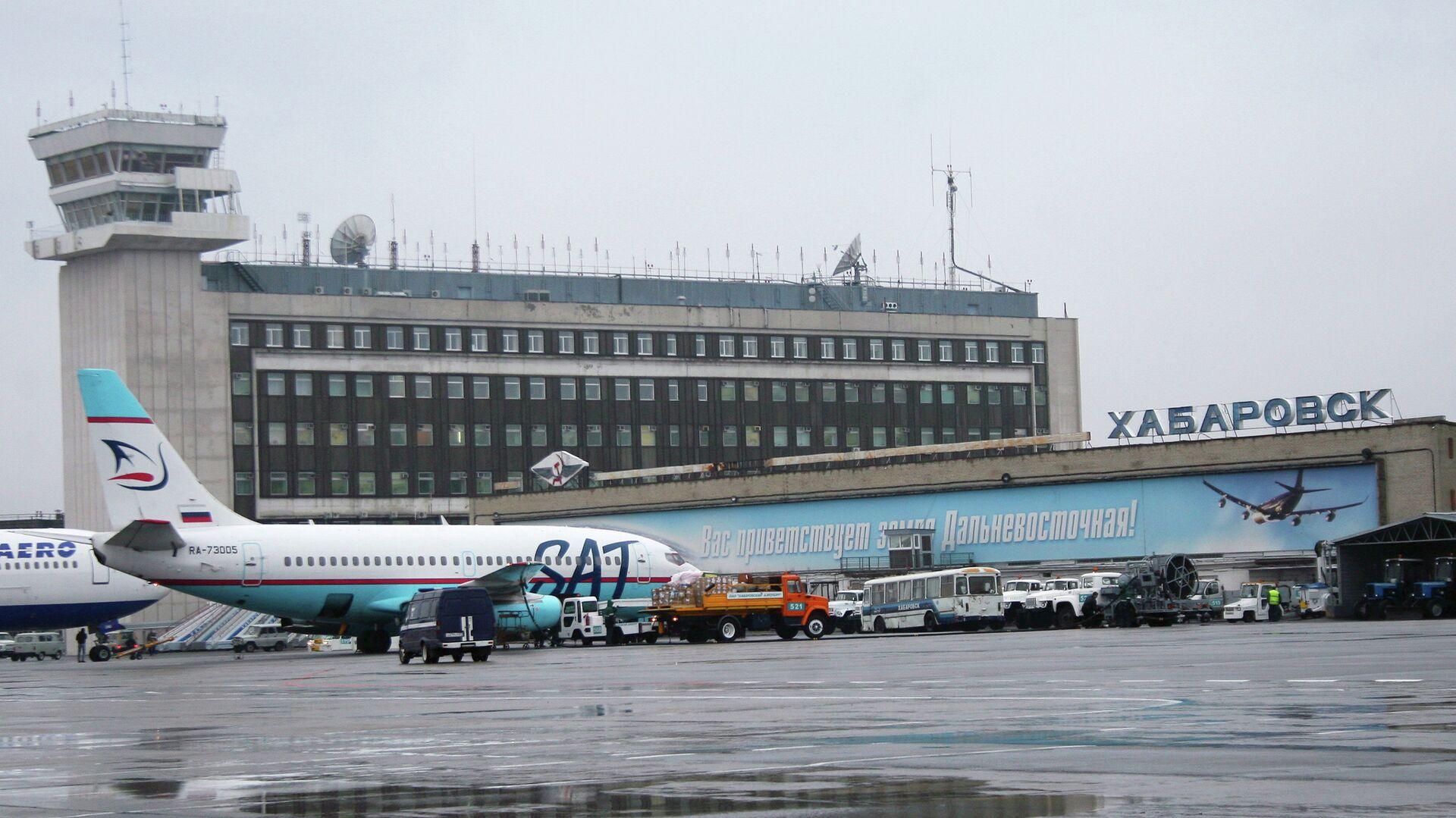 """В аэропорту Хабаровска задержали пассажира, который """"заминировал"""" самолет"""