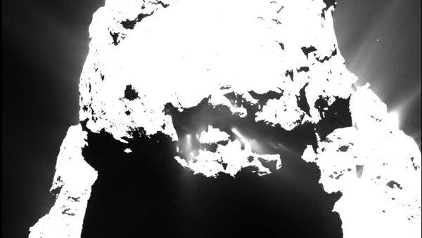 Снимок кометы Чурюмова-Герасименко на закате