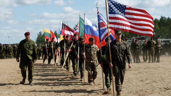 Учения НАТО, архивное фото
