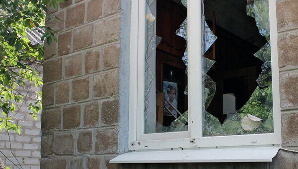 Последствия обстрела украинскими силовиками. Архивное фото