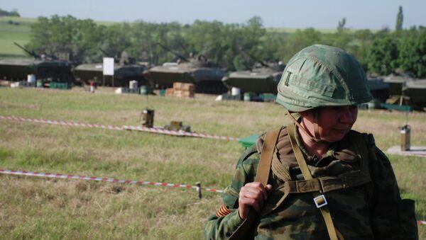 Ополченцы ДНР в Старобешевском районе Донецкой области. Архивное фото