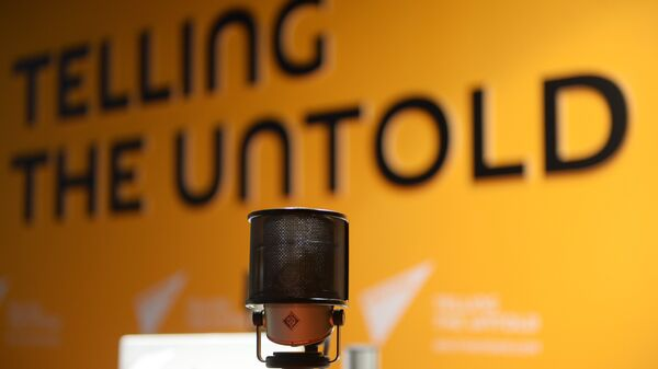 В студии радио Sputnik. Архивное фото