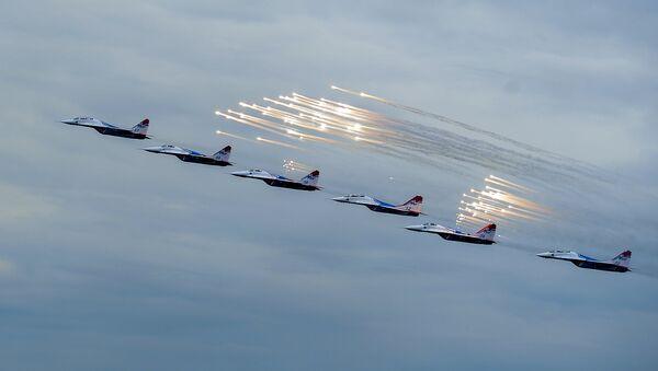 Пилотажная группа Русские Витязи. Архивное фото