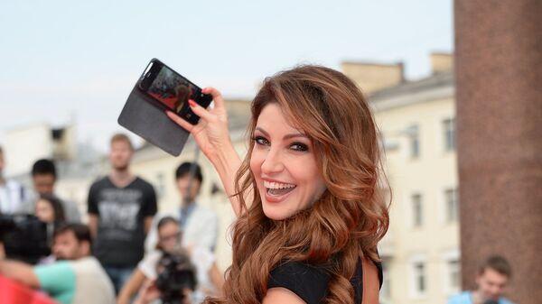 Телеведущая Анастасия Макеева на церемонии закрытия 37-го Московского Международного Кинофестиваля в Москве.