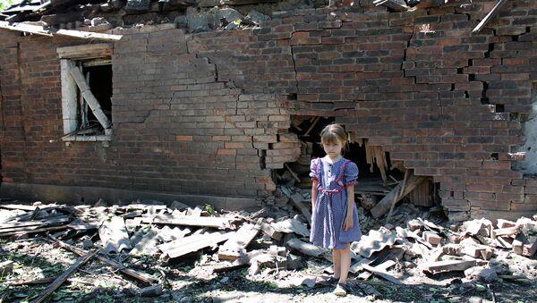 Последствия обстрела города Горловки Донецкой области. Архивное фото