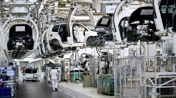 Завод по сборке автомобилей Фольксваген, Германия. Архивное фото