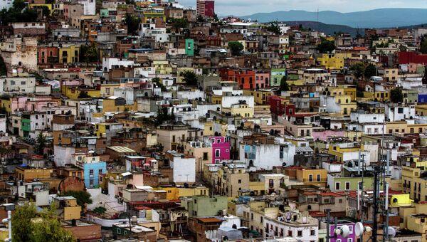 Общий вид на город в Мексике. Архивное фото
