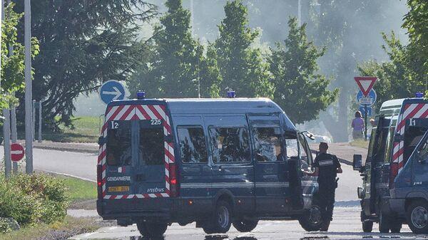Машины французской полиции. Архивное фото