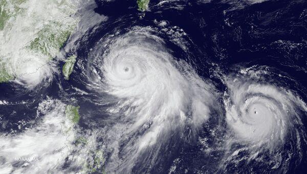 Тайфун Чан-Хом. Архивное фото