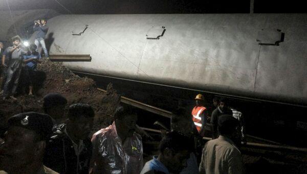 Сход поездов индийском штате Мадхья-Прадеш