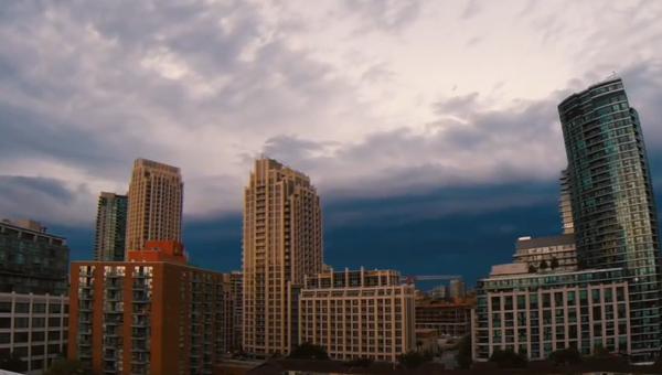 На Торонто надвигается шторм