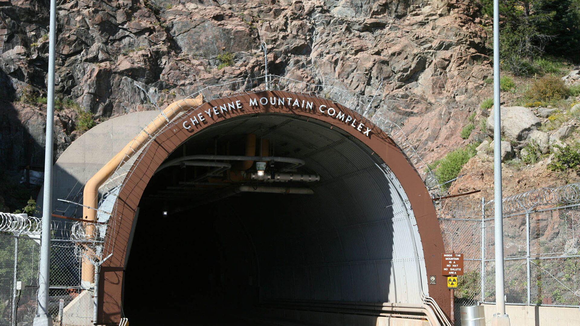 Подземный комплекс NORAD в горе Шайенн, Колорадо - РИА Новости, 1920, 17.06.2018