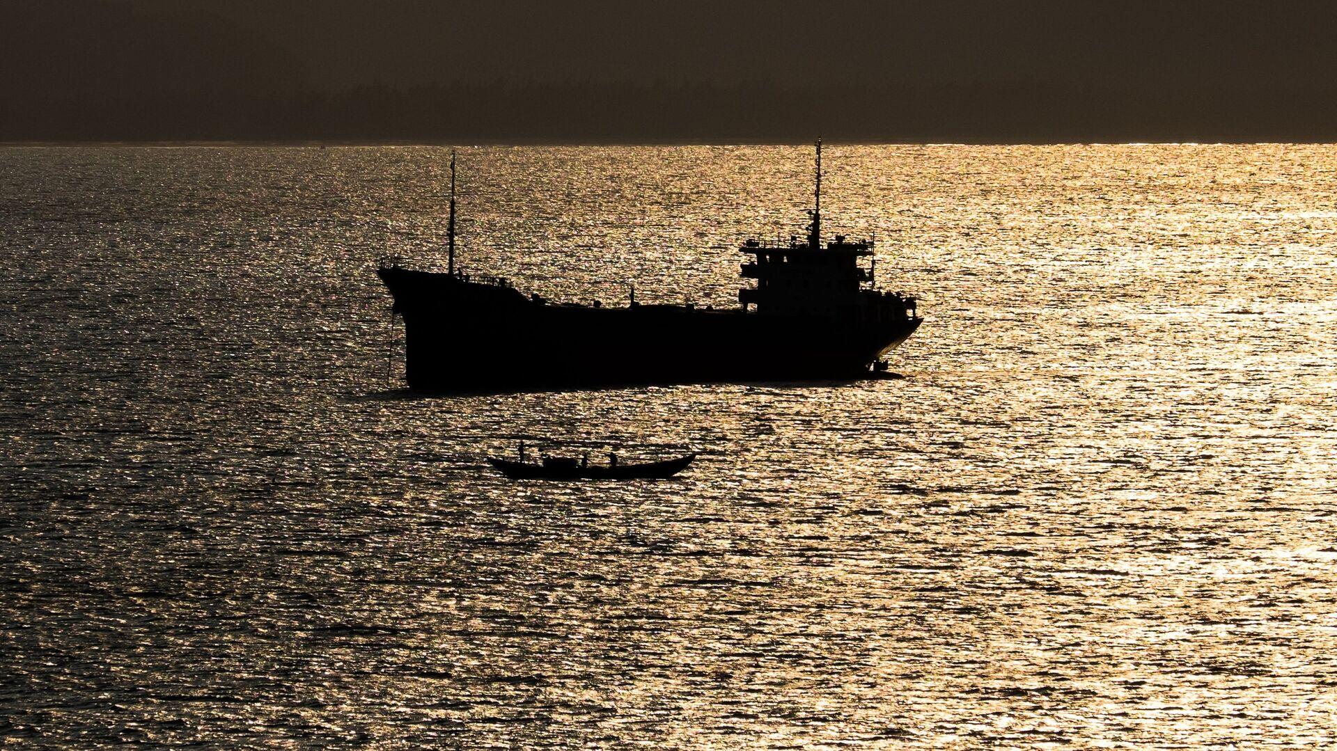Корабль в Южно-Китайское море - РИА Новости, 1920, 20.05.2021