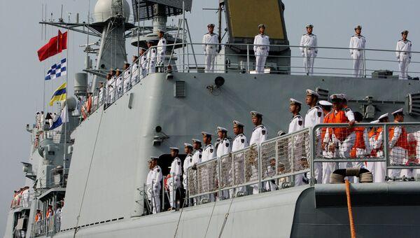 Военные моряки эсминца Шеньян. Архивное фото