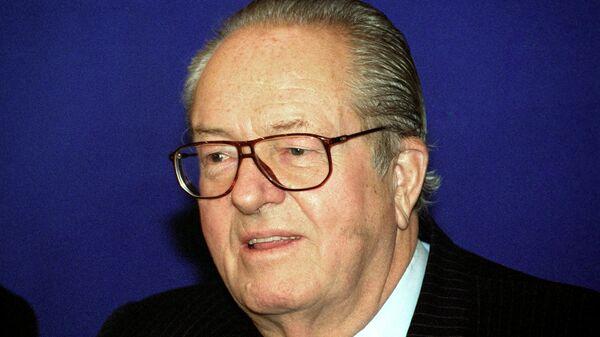 Председатель партии Национальный фронт Франции Жан-Мари Ле Пен. Архивное фото