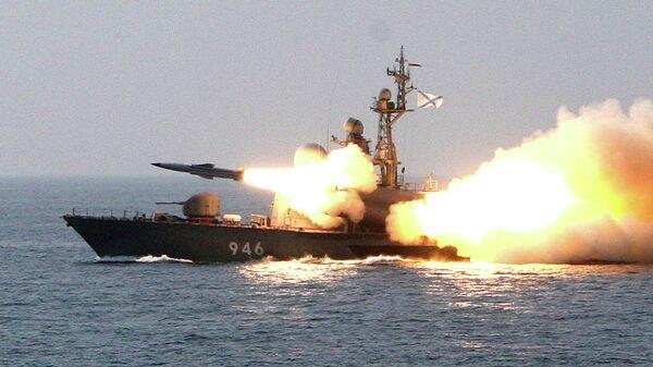 Пуск сверхзвуковой противокорабельной ракеты Москит с ракетного катера. Архивное фото