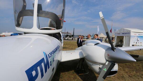 Самолеты Diamond DA42. Архивное фото