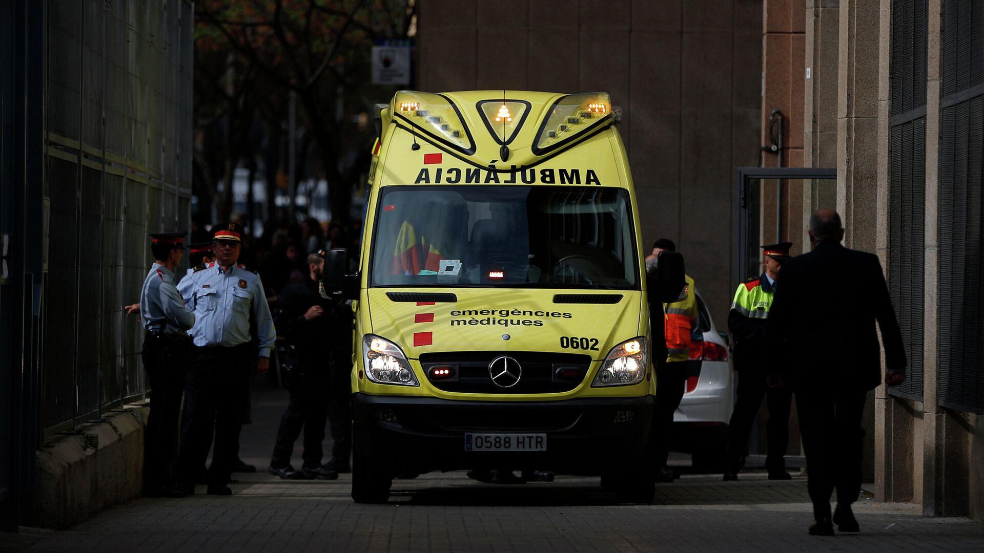 Машина скорой помощи в Испании - РИА Новости, 1920, 18.09.2020