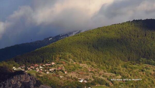 Очарование гор: первый снег