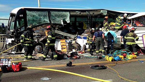 Авария с участием автобуса-амфибии и рейсового автобуса в американском Сиэтле