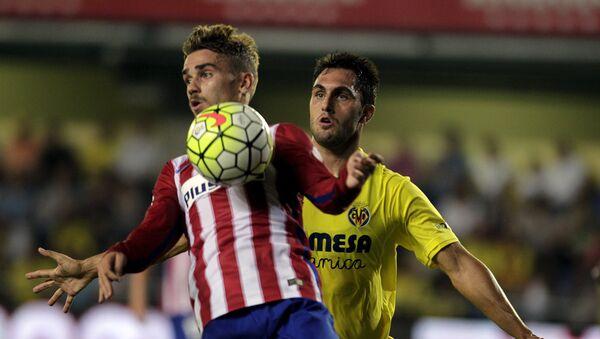 Матч шестого тура чемпионата Испании по футболу между командами Вильярреал и мадридским Атлетико