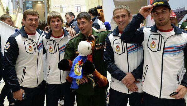 Члены сборной команды Вооруженных Сил России. Архивное фото