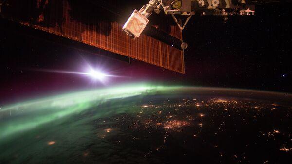 Фотография полярного сияния, сделанная с борта Международной космической станции. Архивное фото