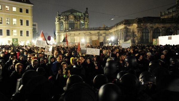 Акции сторонников и противников Pegida в Дрездене. Архивное фото