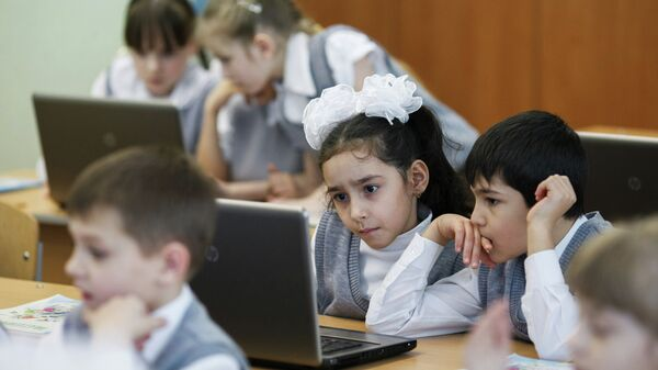 Дети на уроке математики