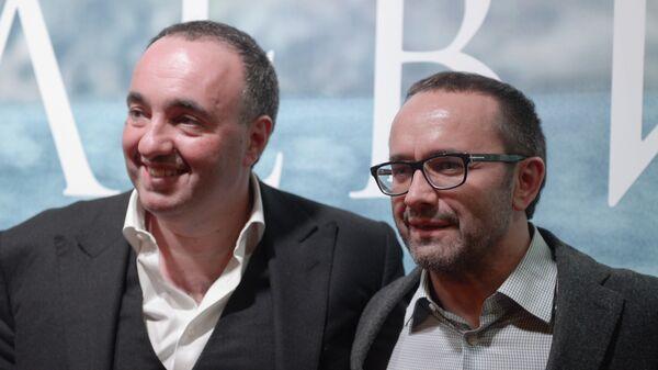 Продюсер Александр Роднянский (слева) и кинорежиссер Андрей Звягинцев на премьере фильма Левиафан в кинотеатре Москва