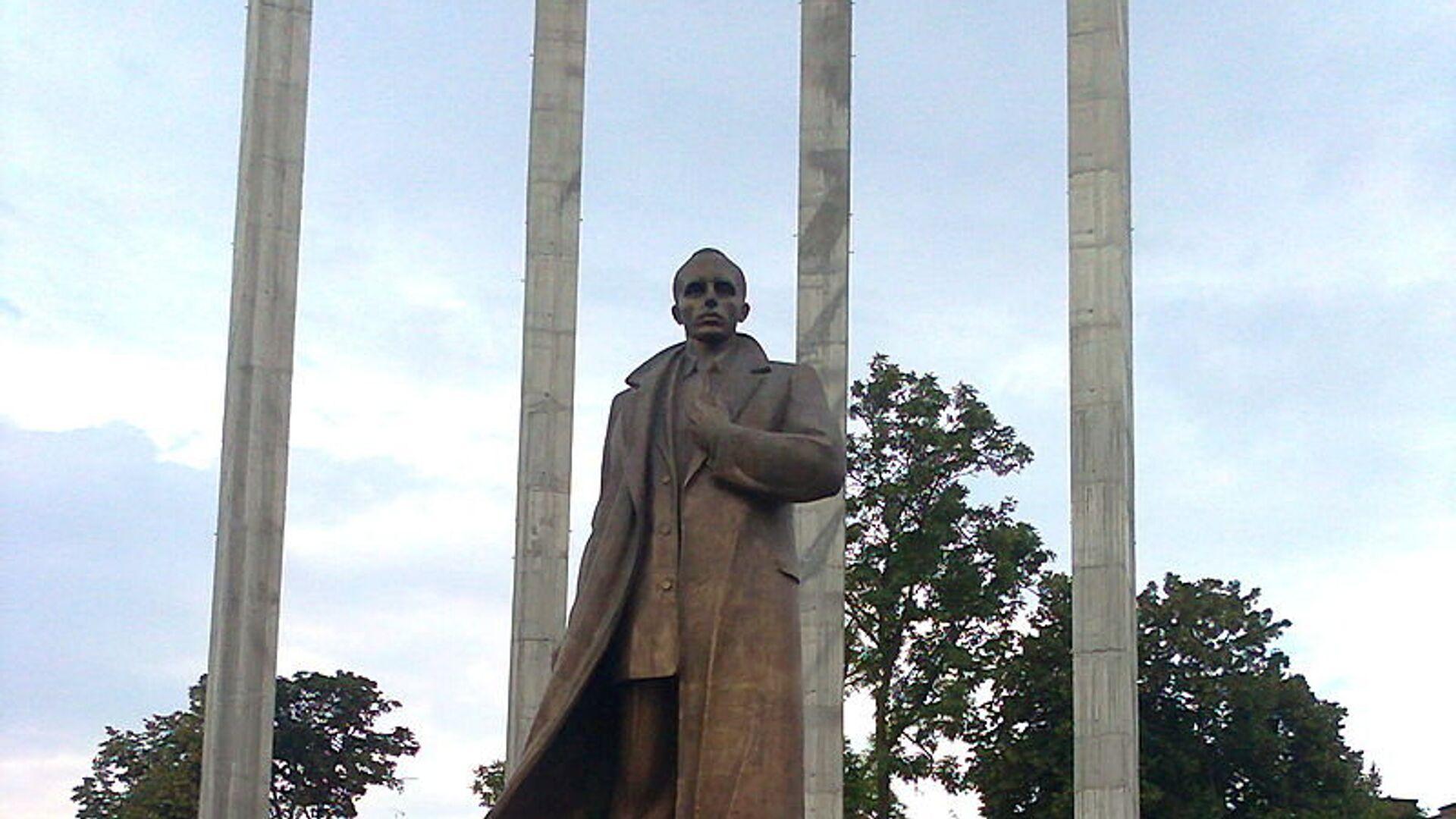 Памятник Степану Бандере во Львове - РИА Новости, 1920, 05.02.2021