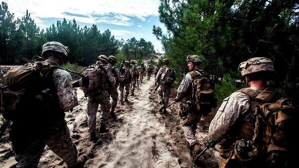 Солдаты США на марше