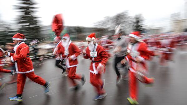 Благотворительный забег Дедов Морозов Happy Run на ВДНХ