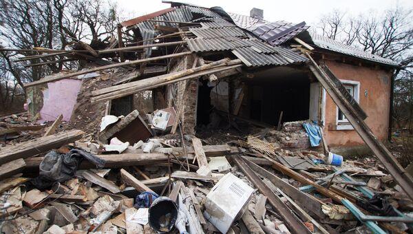Разрушенный жилой дом, в результате взрыва бытового газа в городе Ладушкин Калининградской области