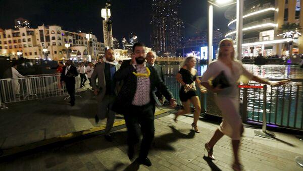 Эвакуация из загоревшегося отеля-небоскреба в Дубае