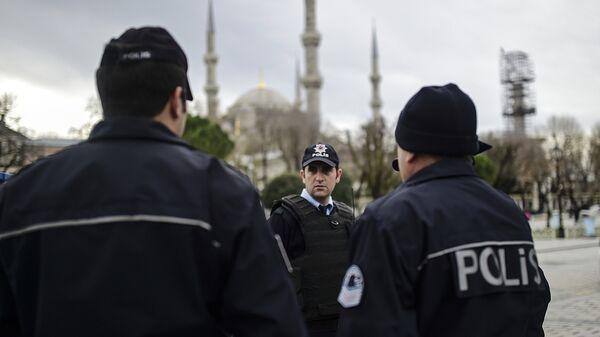 Сотрудники полиции в Турции. Архивное фото