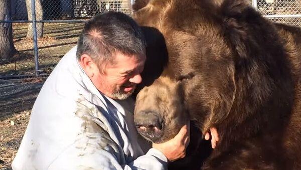 Мой лучший друг медведь