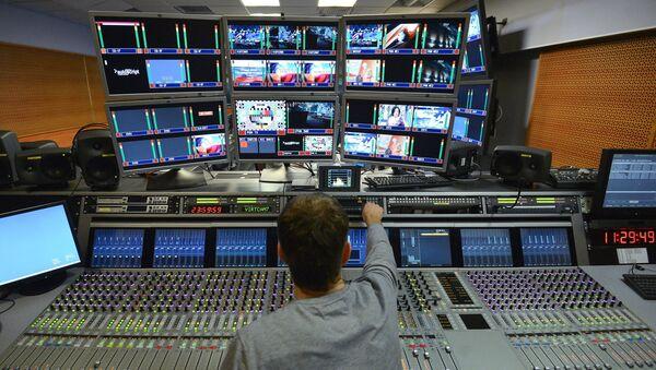 Монтажная студия ТВ. Архивное фото