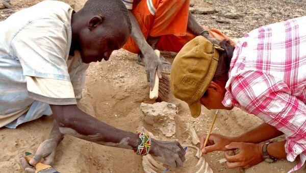 Ученые раскапывают останки первых массовых убийств в Кении
