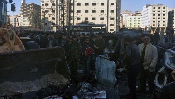 Последствия двойного теракта в шиитском квартале Саида Зайнаб в Дамаске. Архивное фото