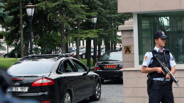 Полицейский в Анкаре. Архивное фото