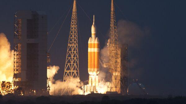 Старт ракеты Delta IV