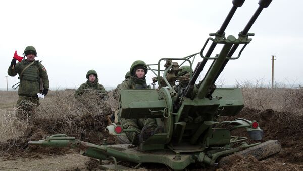 Зенитная артиллерийская установка ПВО РФ на учениях, в рамках внезапной комплексной проверки боеготовности в войсках Южного военного округа. Архивное фото