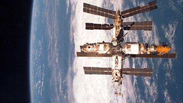 Орбитальная научная станция Мир, 29 января 1998