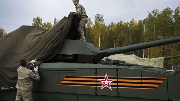 Танк Т-14 на гусеничной платформе Армата, архивное фото