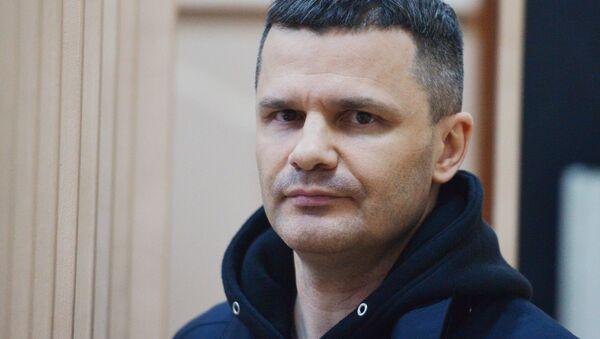Председатель совета директоров аэропорта Домодедово Дмитрий Каменщик в здании Басманного суда Москвы. Архивное фото