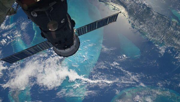Экзотические острова Карибского моря снятые с МКС. Архивное фото