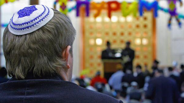 Торжества, посвященные еврейскому празднику Пурим, в Московском еврейском общинном центре. Архивное фото